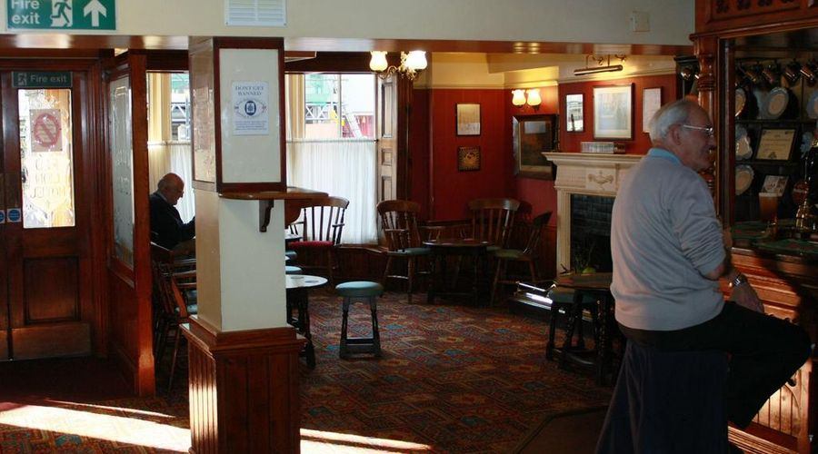The Red Lion Hotel-15 of 20 photos