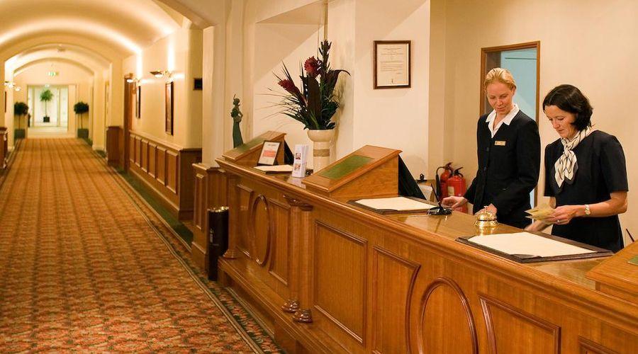 Hotel de France-16 of 43 photos