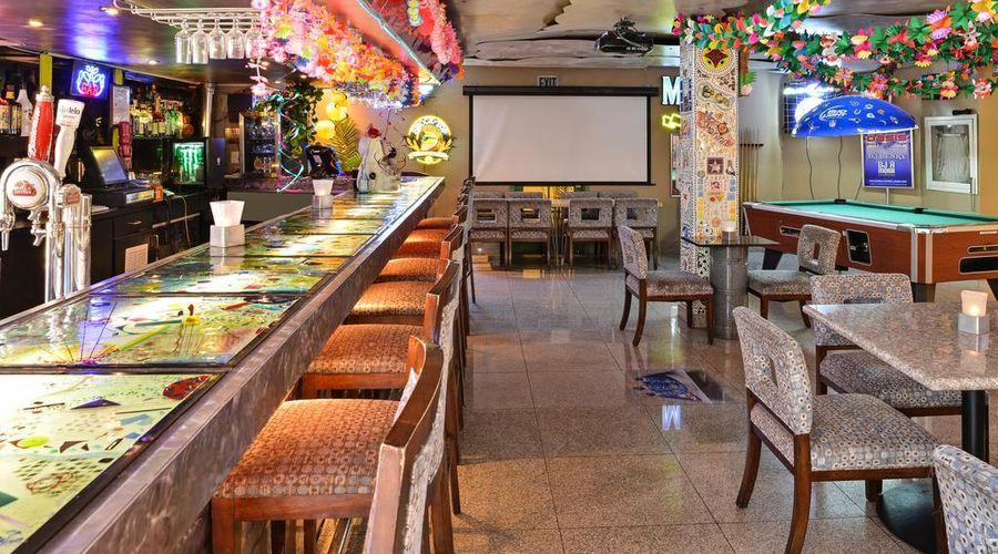 Quality Inn & Suites Montebello - Los Angeles-4 of 45 photos