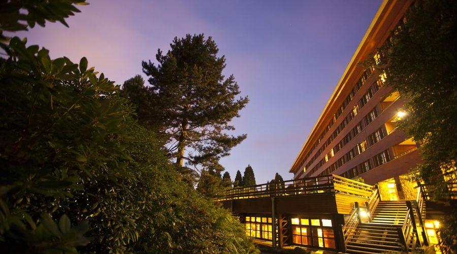 Disney's Sequoia Lodge-13 of 30 photos