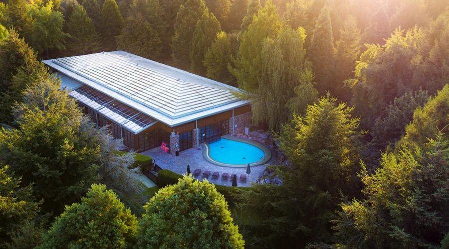 Disney's Sequoia Lodge-23 of 30 photos