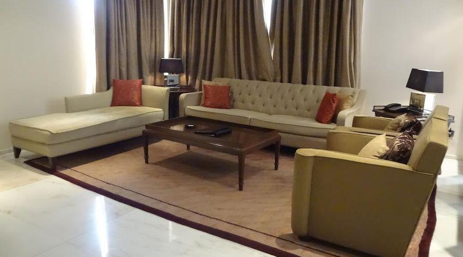 Z Luxury Residences-30 of 47 photos