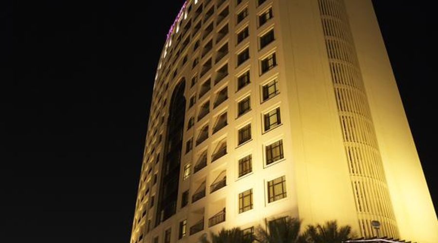 Mercure Grand Hotel Seef / All Suites-2 of 37 photos