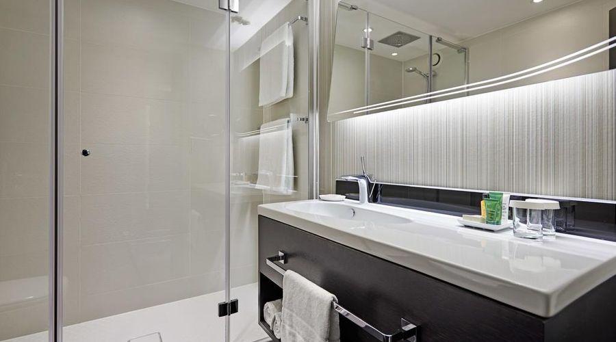 Hilton London Heathrow Airport Hotel-41 of 45 photos