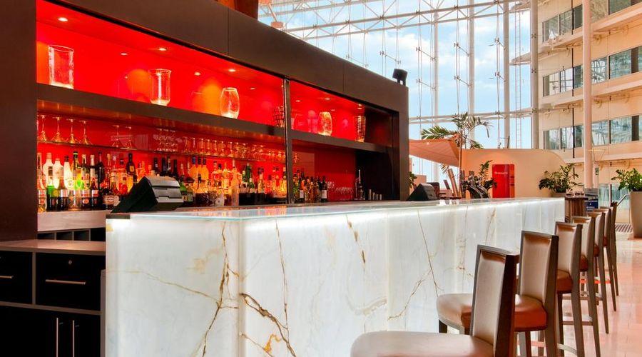 Hilton London Heathrow Airport Hotel-4 of 45 photos