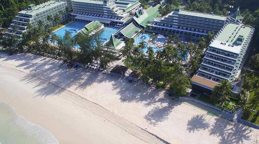 Le Meridien Phuket Beach Resort-1 of 31 photos