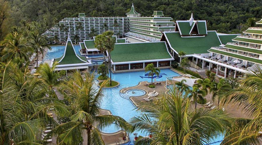 Le Meridien Phuket Beach Resort-27 of 31 photos