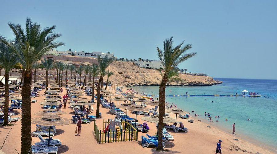 Continental Plaza ِAqua Beach-11 of 47 photos