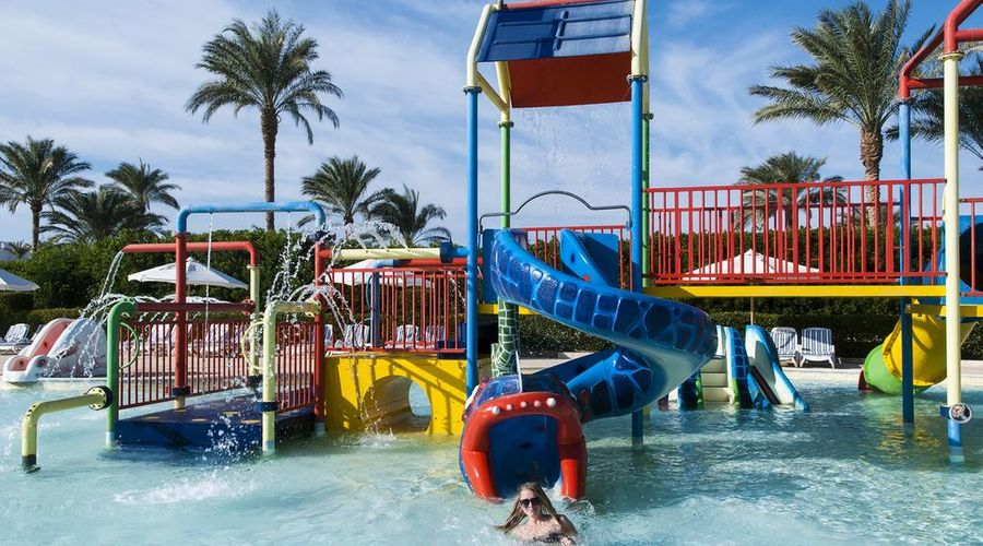 Continental Plaza ِAqua Beach-17 of 47 photos