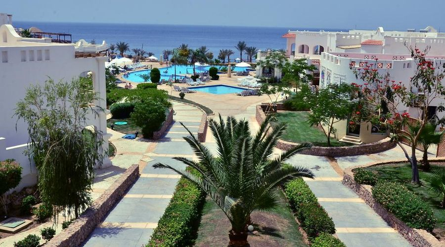 Continental Plaza ِAqua Beach-3 of 47 photos