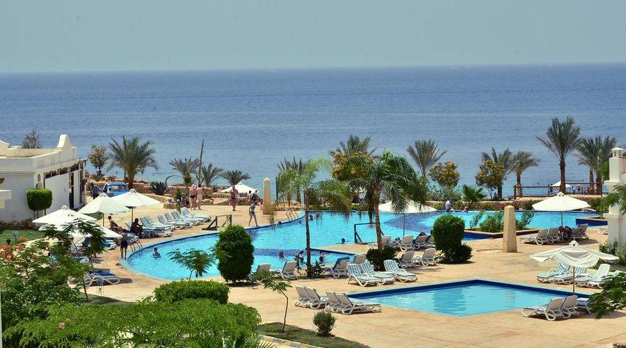 Continental Plaza ِAqua Beach-31 of 47 photos