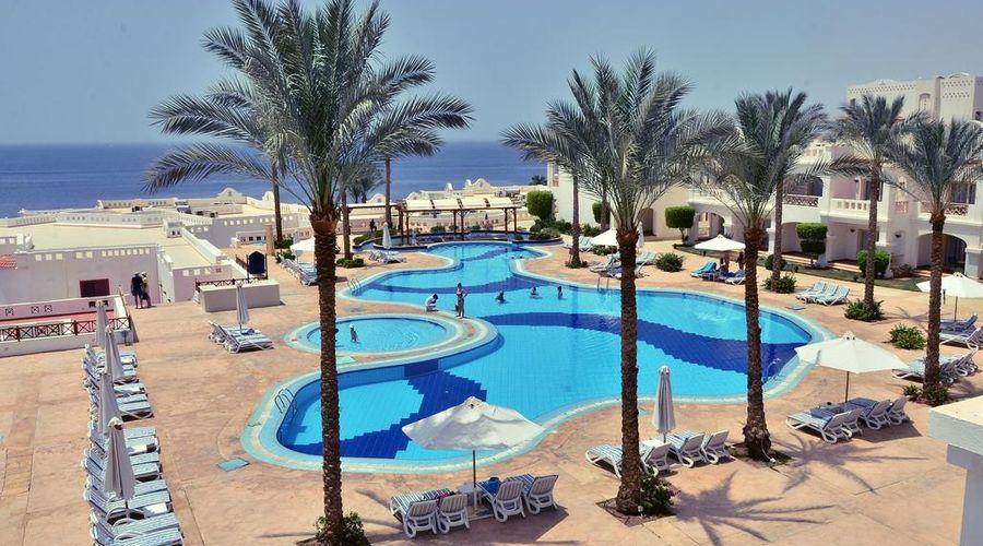 Continental Plaza ِAqua Beach-32 of 47 photos