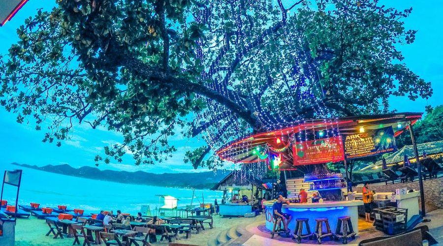 Ark Bar Beach Resort-19 of 45 photos