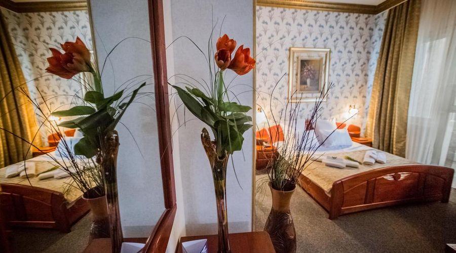 Bucharest Comfort Suites-11 of 38 photos