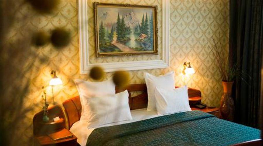 Bucharest Comfort Suites-16 of 38 photos
