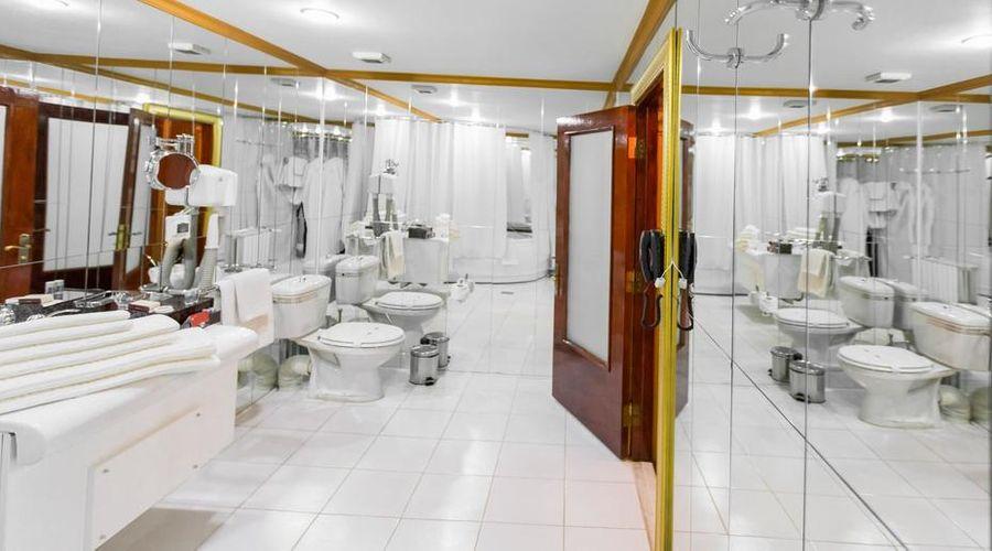 Bucharest Comfort Suites-19 of 38 photos