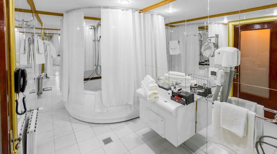 Bucharest Comfort Suites-21 of 38 photos