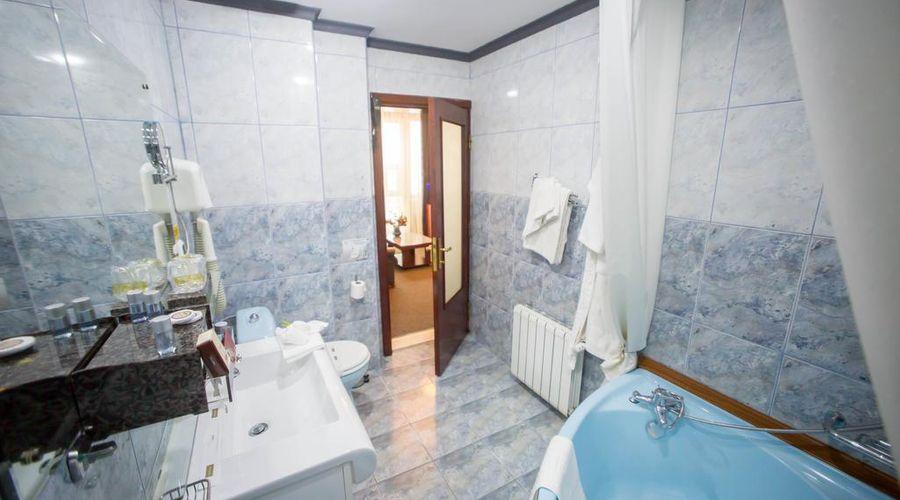 Bucharest Comfort Suites-24 of 38 photos