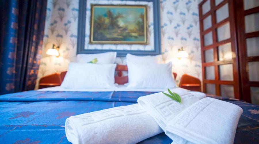 Bucharest Comfort Suites-25 of 38 photos