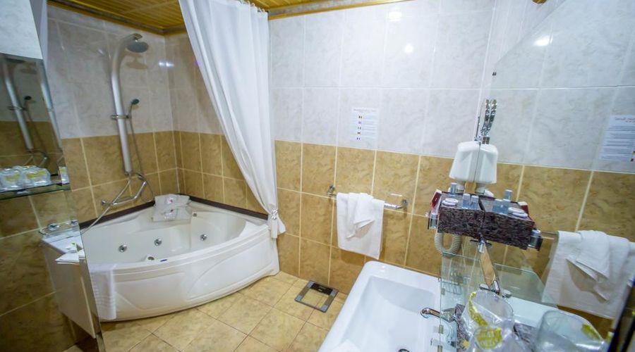 Bucharest Comfort Suites-28 of 38 photos