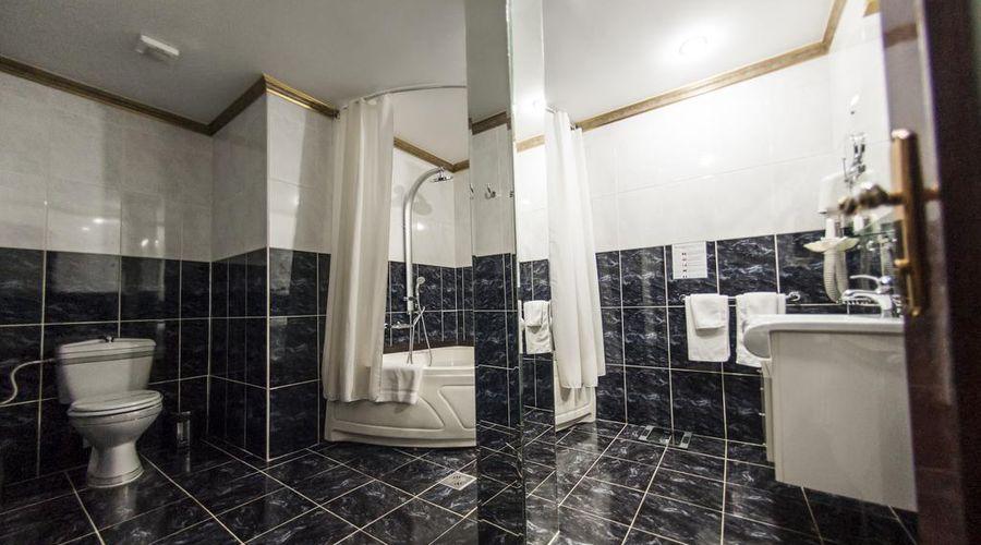 Bucharest Comfort Suites-9 of 38 photos