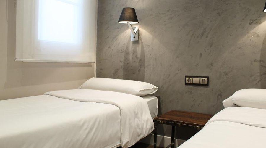 AinB Eixample Miró Apartments-8 of 37 photos