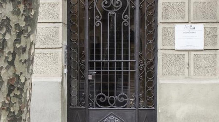 AinB Eixample Miró Apartments-3 of 37 photos