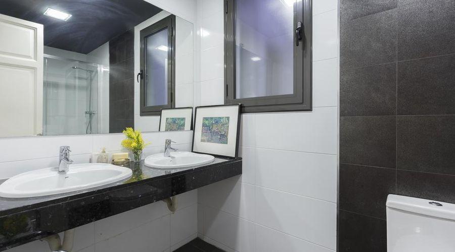 AinB Eixample Miró Apartments-22 of 37 photos