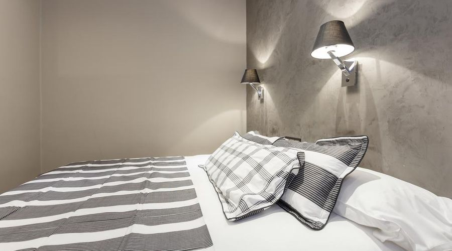 AinB Eixample Miró Apartments-32 of 37 photos