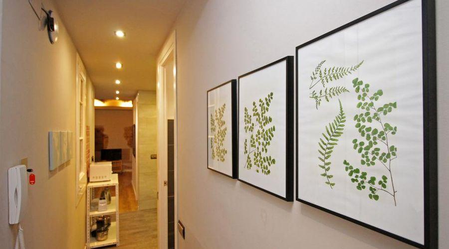 AinB Eixample Miró Apartments-45 of 37 photos
