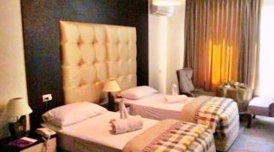 Excelencia Hotel Suites-3 of 23 photos