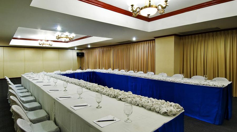 Berjaya Makati Hotel-28 of 37 photos