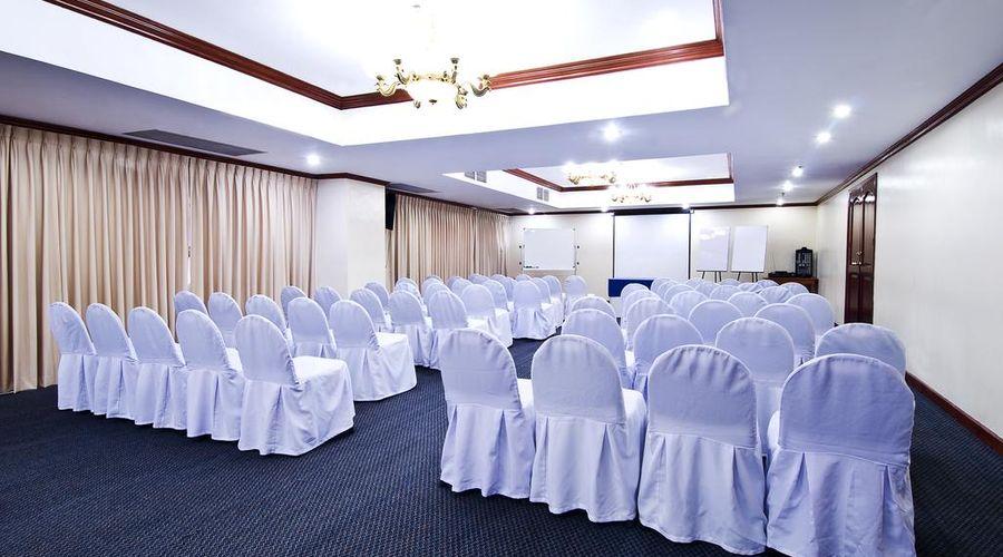 Berjaya Makati Hotel-31 of 37 photos