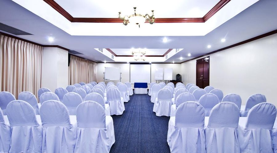 Berjaya Makati Hotel-33 of 37 photos