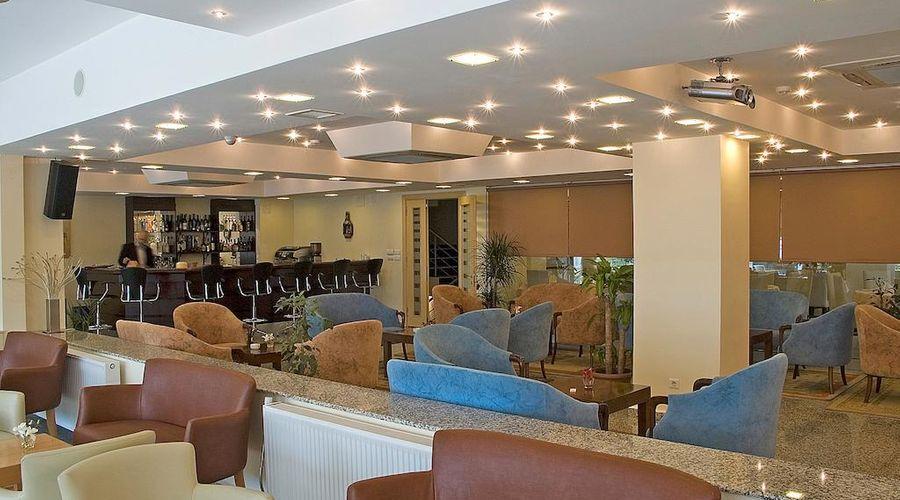 Narin Hotel-3 of 40 photos