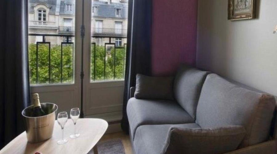 Helzear Champs Elysées Suites-13 of 44 photos
