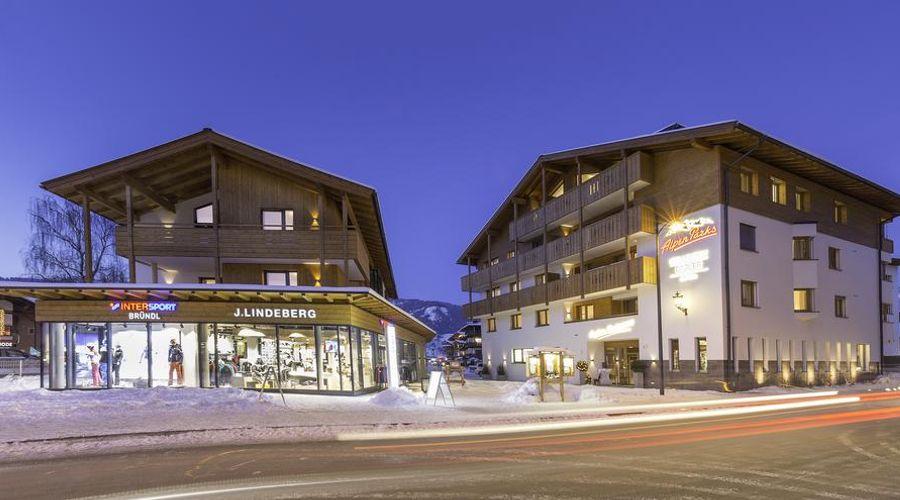 AlpenParks Hotel & Apartment Orgler-3 of 49 photos