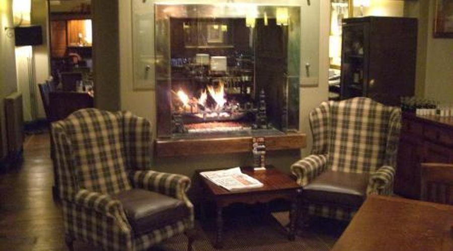 The Hunting Lodge - Restaurant with rooms-8 of 12 photos