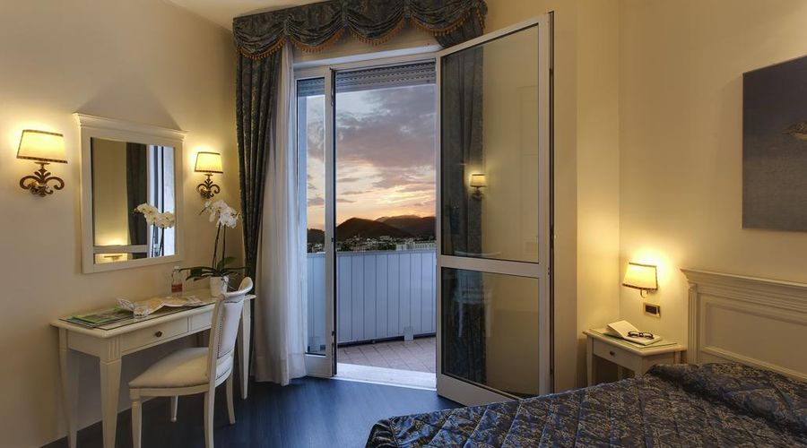 Panoramic Hotel Plaza-16 of 42 photos