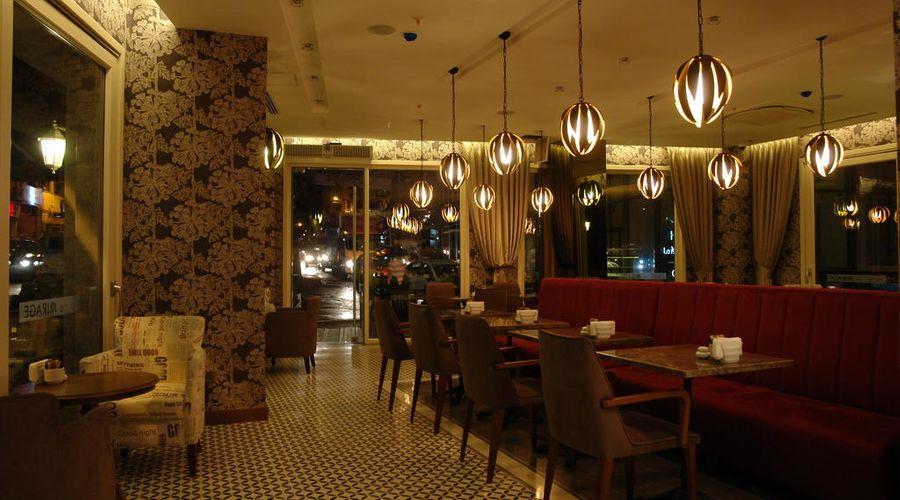 Hotel Le Mirage-4 of 30 photos
