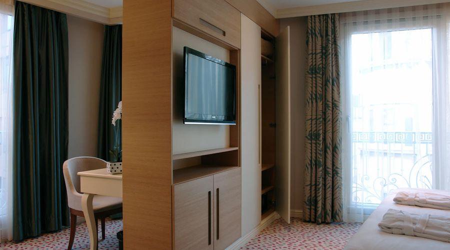 Hotel Le Mirage-8 of 30 photos