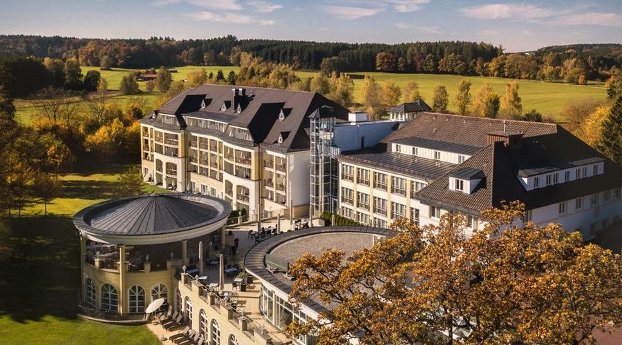 Steigenberger Hotel Der Sonnenhof-1 of 48 photos