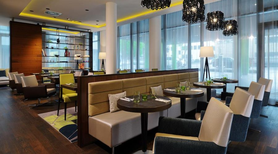 Courtyard by Marriott Cologne-19 of 24 photos
