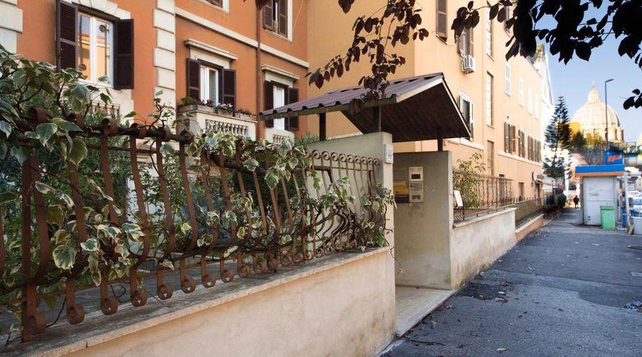 فاينالي إن روم-2 من 40 الصور