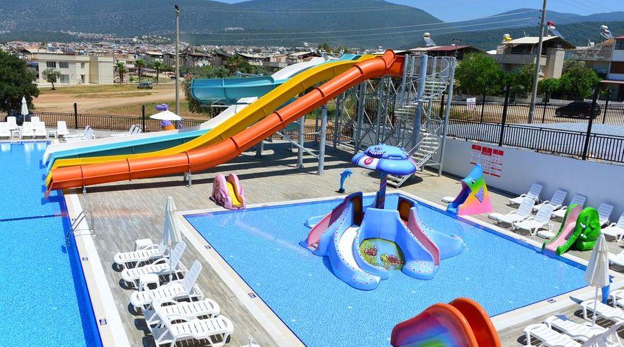 Ramada Resort Akbuk-5 of 46 photos