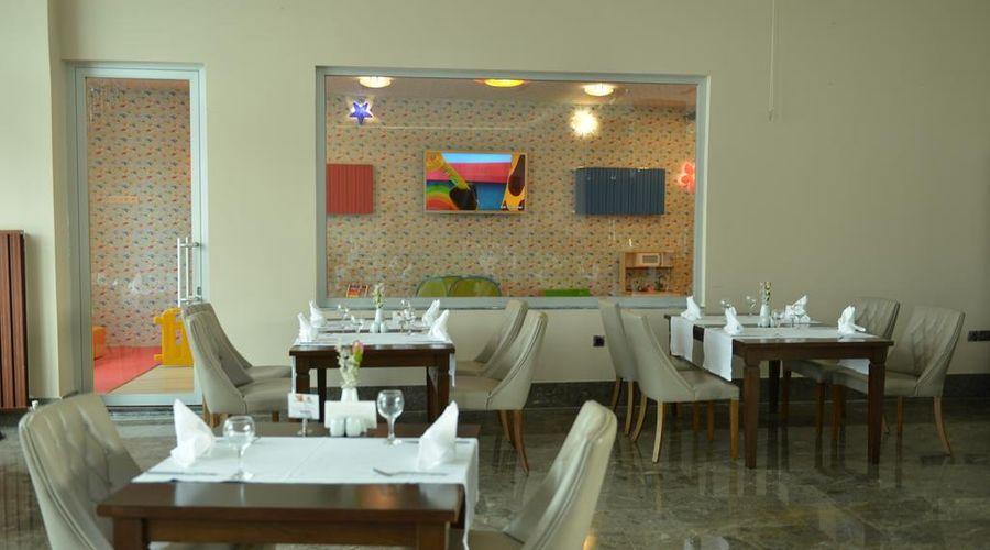 Lova Hotel SPA-8 of 39 photos