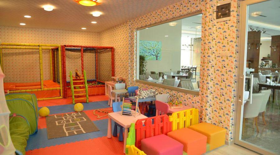 Lova Hotel SPA-9 of 39 photos