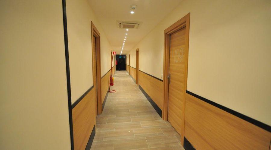 فندق 325 تور فيرغاتا-3 من 27 الصور
