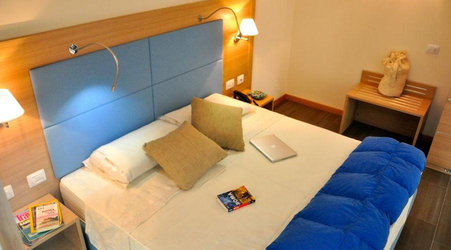 فندق 325 تور فيرغاتا-16 من 27 الصور