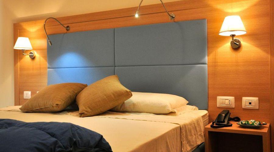 فندق 325 تور فيرغاتا-9 من 27 الصور